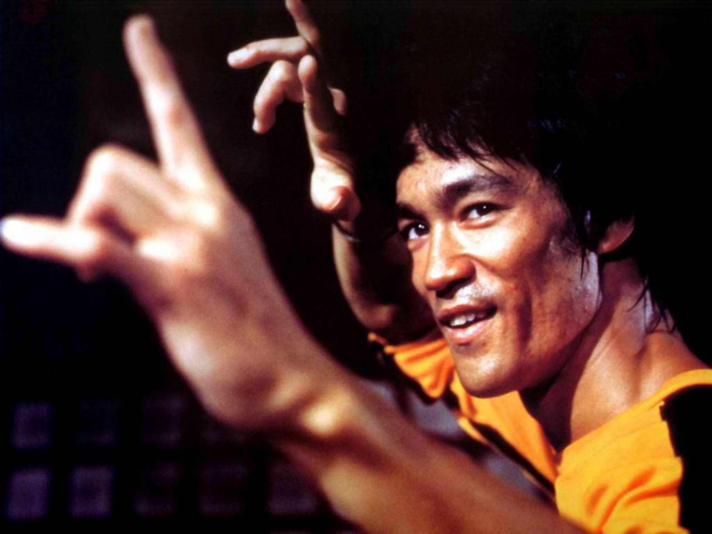 Bruce-Lee-bruce-lee-26492382-1600-1200